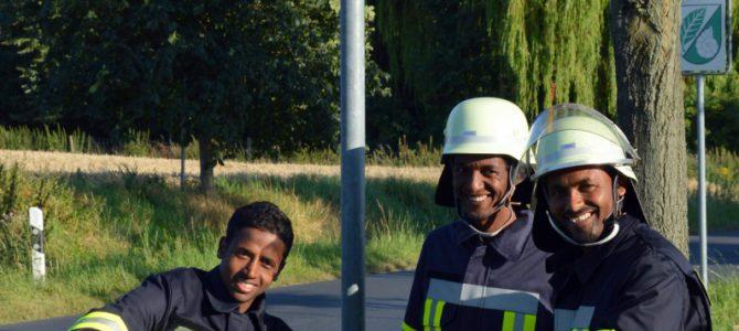 Flüchtlinge werden aktive Mitglieder in der Feuerwehr Hemkenrode / Raumnot im Gerätehaus